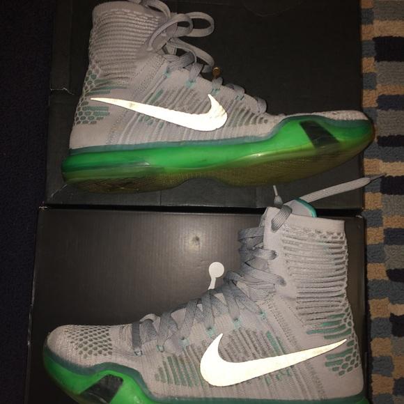 pretty nice 4865b 2f3f2 M 5a4da44250687c73620422d6. Other Shoes you may like. Nike Men Flyknit  Trainer Chukka Red Black ...